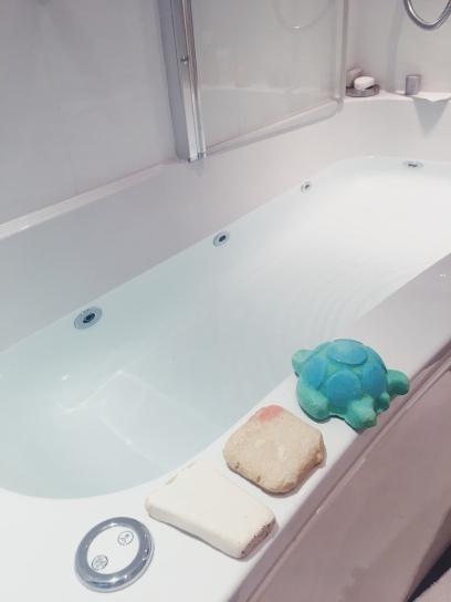 My 100% packaging free bath, prepared.
